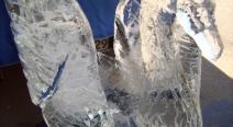 Eisskulptur Schwan