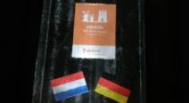 Holland - Deutschland Eisblock